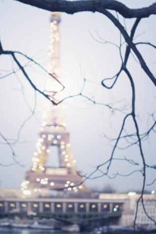 Коледа в Париж