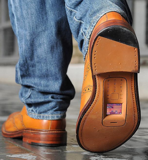 забавни обувки