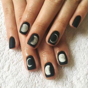 moon-nail